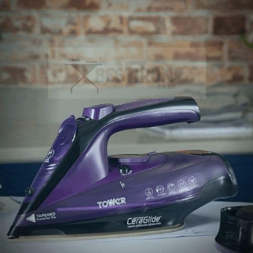 what is the difference between cordless and corded iron